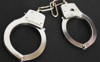 running back handcuffs