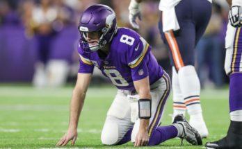 NFL: Chicago Bears at Minnesota Vikings start or sit quarterback sleepers