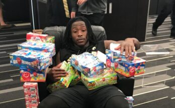 Alvin Kamara, with everyone who doesn't want him in 2020.